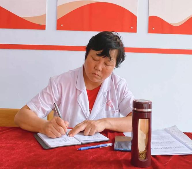 学院护理系组织开展人文学科教研活动